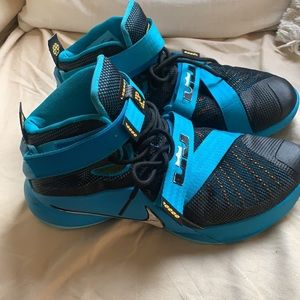Nike Lebron James in Black & Turquoise